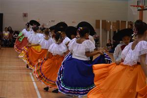 VHES Ballet Folklorico Performers
