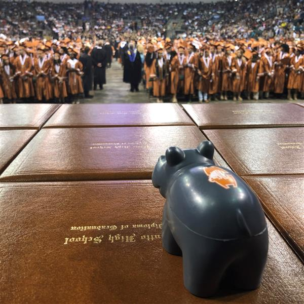Hutto High Graduates Record 485 Students; More Than $5 Million in Scholarships Offered
